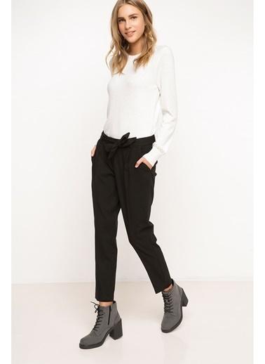 DeFacto Kemer Detaylı Pantolon Siyah